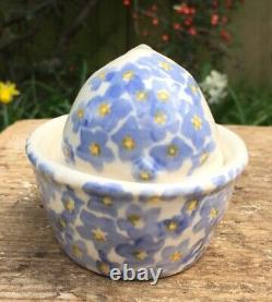 Emma Bridgewater Forget Me Not Bunny On Basket NEW 1st Spongeware Easter Rabbit