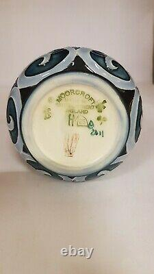 Moorcroft Pottery Forget Me Not height 8cm