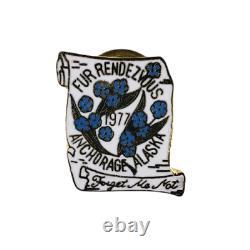 Vntg 1977 Fur Rondy Rendezvous Anchorage Alaska TIE Tack LAPEL PIN Forget Me Not